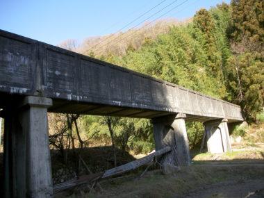 胡麻目沢水路橋耐震補強設計 施工前