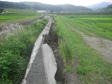 斑尾川・鳥居川護岸復旧設計 施工前